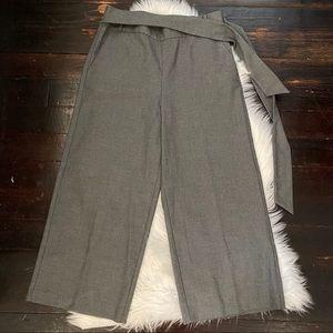 zara trafaluc gray culotte pants size medium